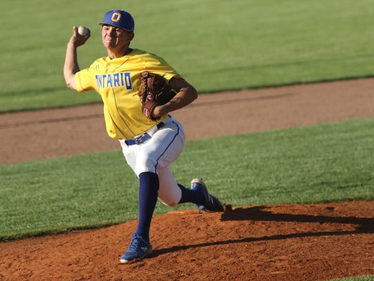 Ontario's Jake Gleason pitches during the division