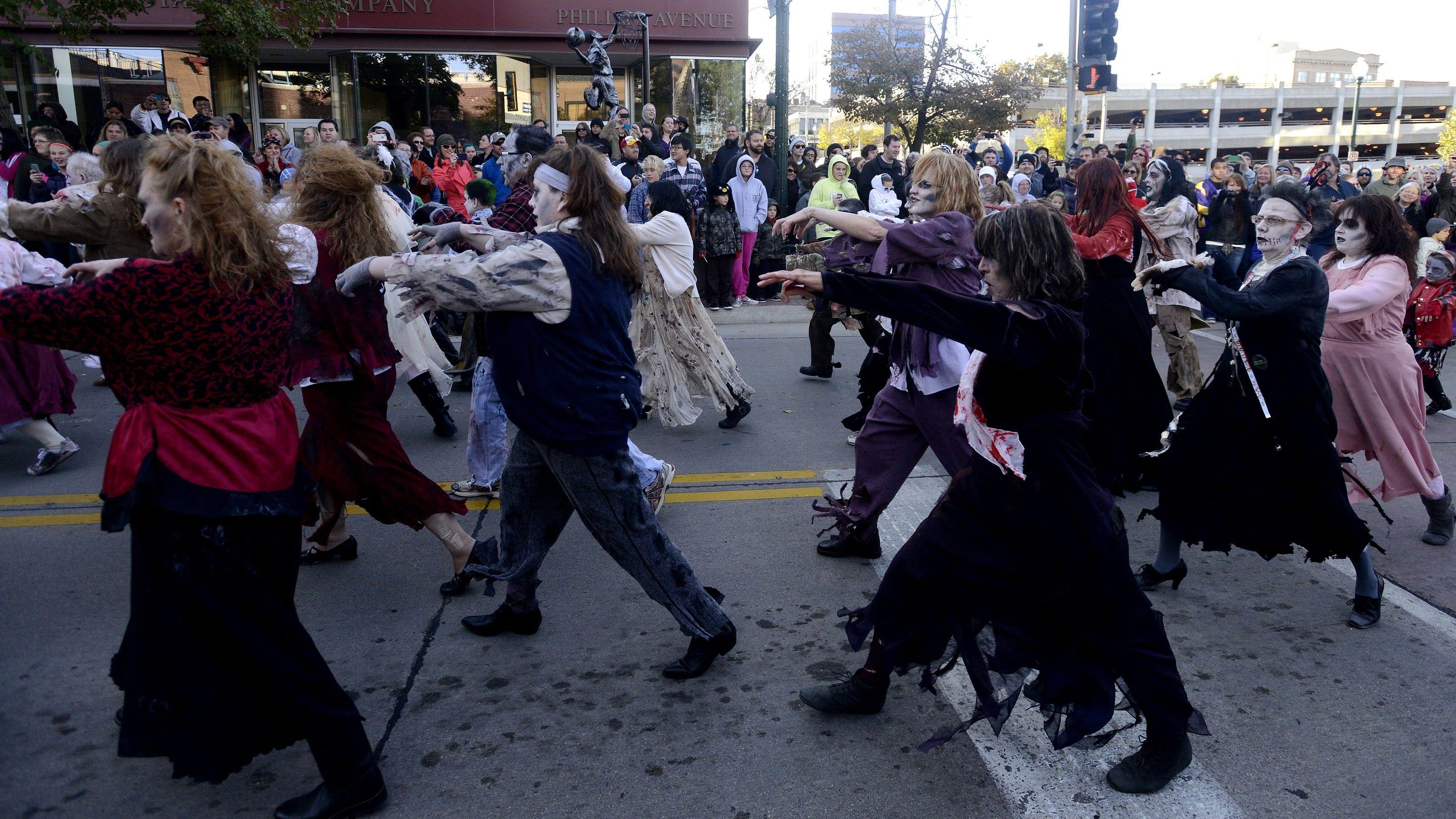 halloween roundup: festivities underway