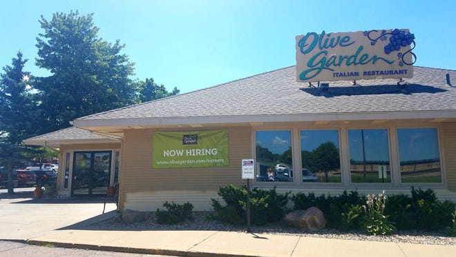 Olive Garden in Sioux Falls is undergoing a major renovation.