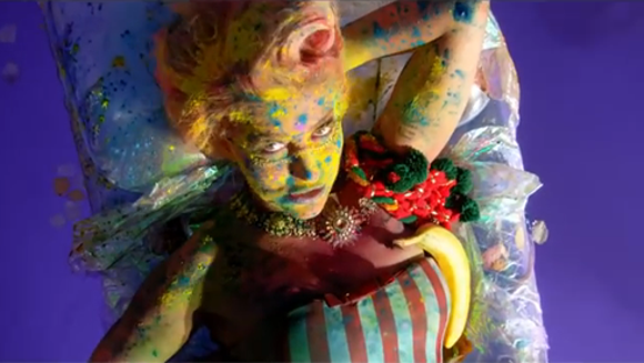 British singer Neon Hitch has some colorful ideas on