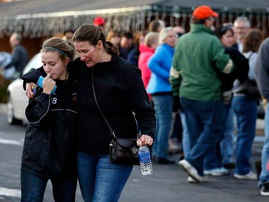 Colorado School-Shooting - mom with daughter