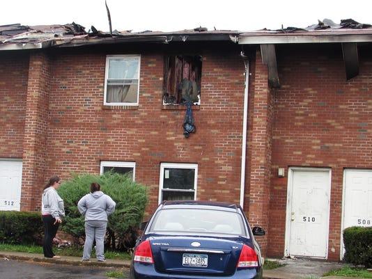 ELM 092815 apartment fire 3 jdm