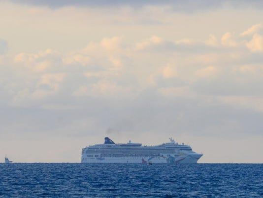 Bermuda US Cruise Run Aground