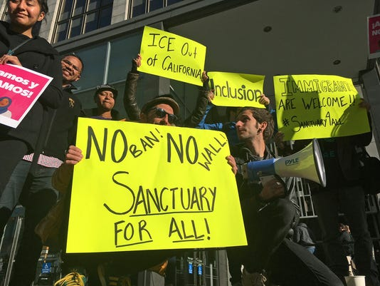 AP SANCTUARY CITIES A FILE USA CA