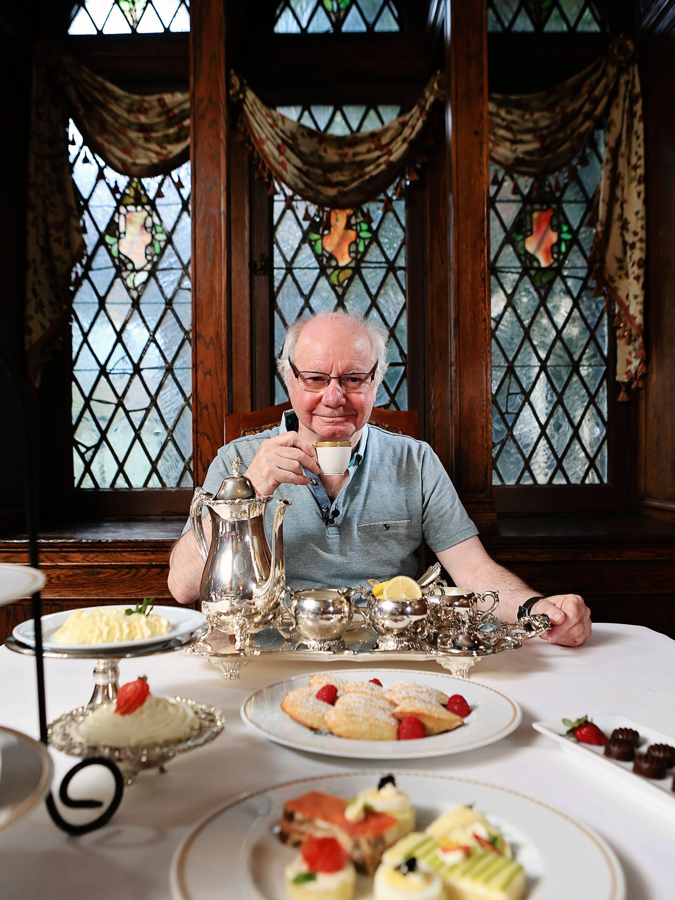 Queen S Butler Serves Up Tea Royal Gossip