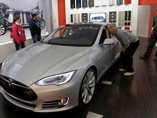 Nevada lawmakers yet to reach decision on Tesla plant - (Photo: Al Behrman AP)