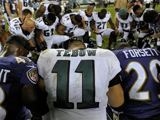Eagles Tebow Out Football