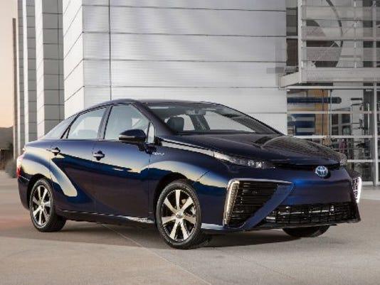 2016-Toyota-Mirai