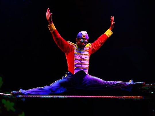 """Cirque Dreams Holidaze"" returns to the Fox on Tuesday for seven performances that continue through Dec. 27."
