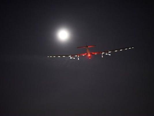 635997774022124104-Solar-Plane-Geig.jpg