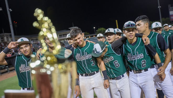 Alhambra celebrates winning the Division III State Championship game against San Luis on May 14, 2016 in Surprise, Ariz.