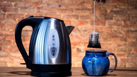 Hamilton Beach 1.7 Liter Electric Kettle