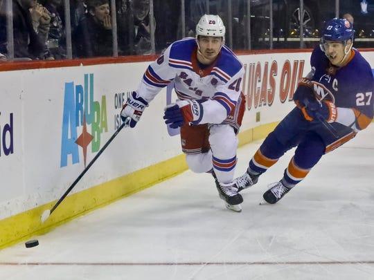 Rangers_Islanders_Hockey_88409.jpg