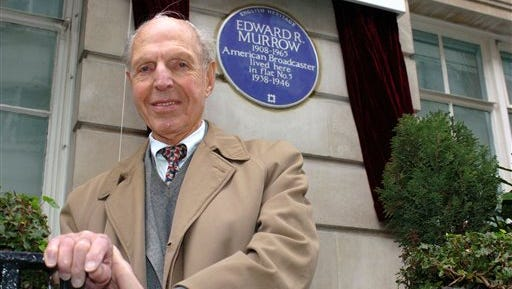 """In this file photo, An English Heritage Blue Plaque is unveiled for American broadcaster Edward R. Murrow by fellow reporter Richard C. Hottelet at Weymouth House, Hallam Street, in London, where he lived  from 1938-1946 during the blitz.  Hottelet, the last of the original """"Murrow's Boys,"""" the pioneering group of wartime journalists hired by CBS radio newsman Edward R. Murrow, has died. He was 97. CBS News spokesman Kevin Tedesco said Wednesday, that Hottelet died Tuesday night, at his home in Connecticut."""