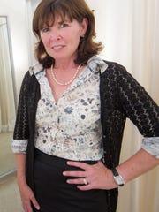 Linda D. Farquhar is the founder and managing member of entreDonovan.