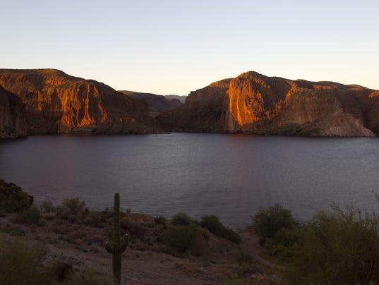 Canyon Lake, Apache Trail