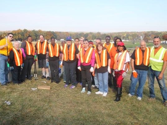 Far-Hill-Race-Arc-Clean-Up-Crew-10.18.16.jpg