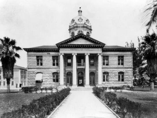 The Dade County Courthouse in Miami from 1904 to 1926.