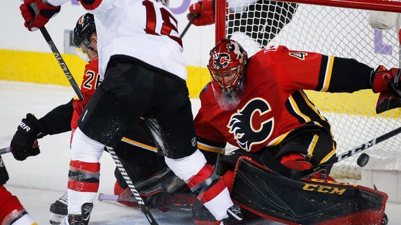 new concept 306e9 24627 NJ Devils Daily Faceoff: Bounce-back needed against the Flames
