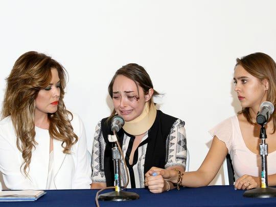 Lilí Brillanti (izq) y la actriz Esperanza Moret (der),