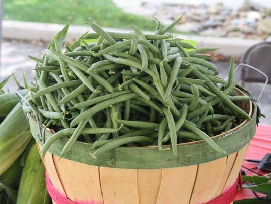 636318225880367167-Open-Door-Farmers-Market-green-beans.JPG