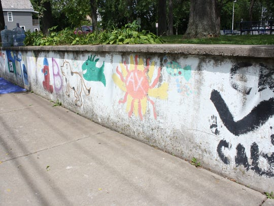 A wall at Columbus Park will soon be home to a mosaic by Emily Jablon.