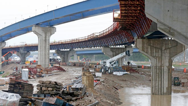"""Construction work is underway on what will be the new eastbound I-94 ramp to southbound I-41 of the Zoo Interchange. Project managers said about a month of construction remains before they can re-open a lane of eastbound I-94 traffic at the Zoo Interchange construction project and end the """"zipper merge.'"""