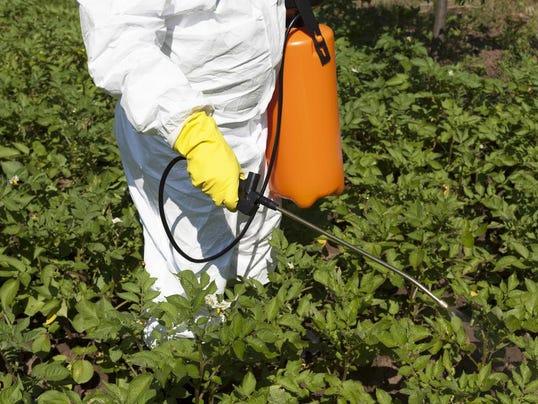 herbicide_spraying