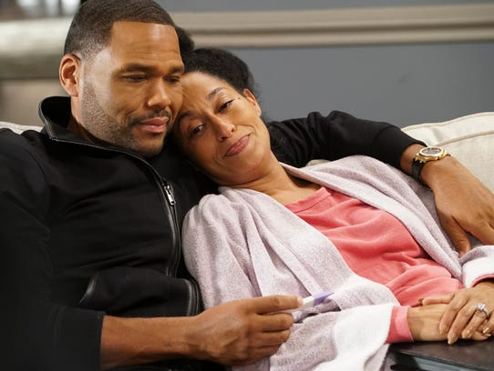 """Anthony Anderson and Tracee Ellis Ross in """"Black-ish."""""""