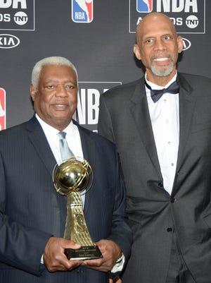 Kareem Abdul-Jabbar and Oscar Robertson pose during the NBA Awards.