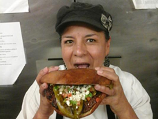 636015895622562241-burger.png