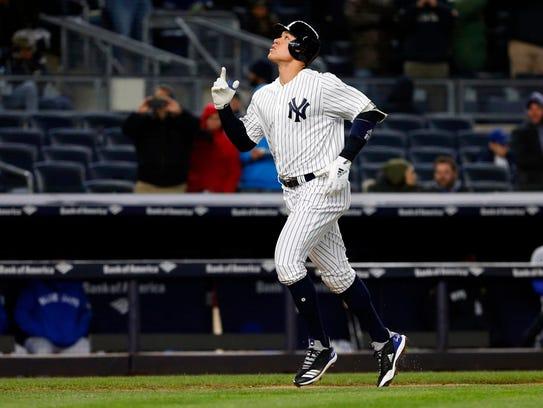 Apr 19, 2018; Bronx, NY, USA; New York Yankees right