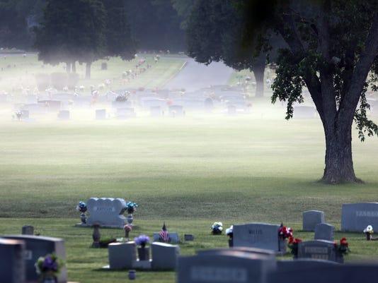 MUR NEWS cemetery.jpg