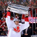 Babcock, MVP Crosby lead Canada to World Cup of Hockey title