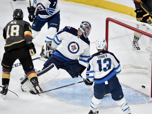 Jets_Golden_Knights_Hockey_25092.jpg
