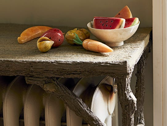 These alabaster fruit pieces have an lovely sheen