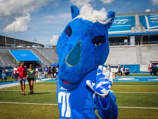 The Blue Raiders' mascot Lightning is ready for a new