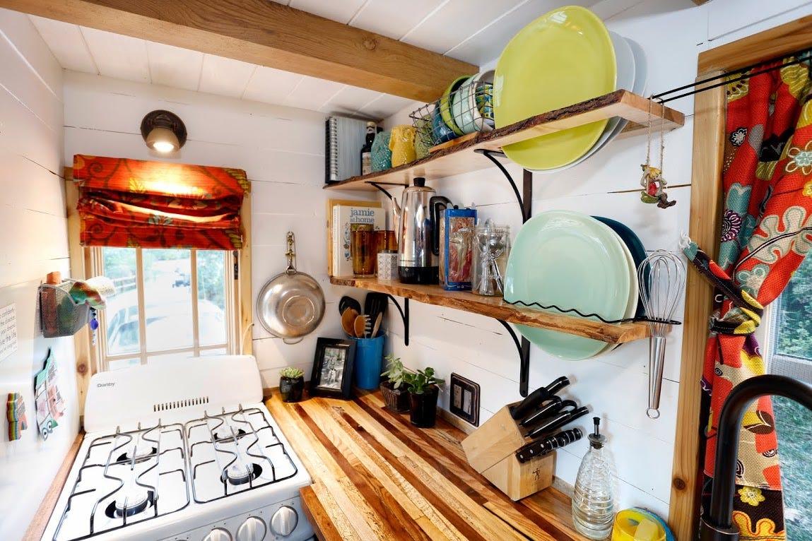 Alexis Stephens And Christian Parsonsu0027 Tiny Home