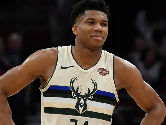USP NBA: MILWAUKEE BUCKS AT CHICAGO BULLS S BKN CHI MIL USA IL