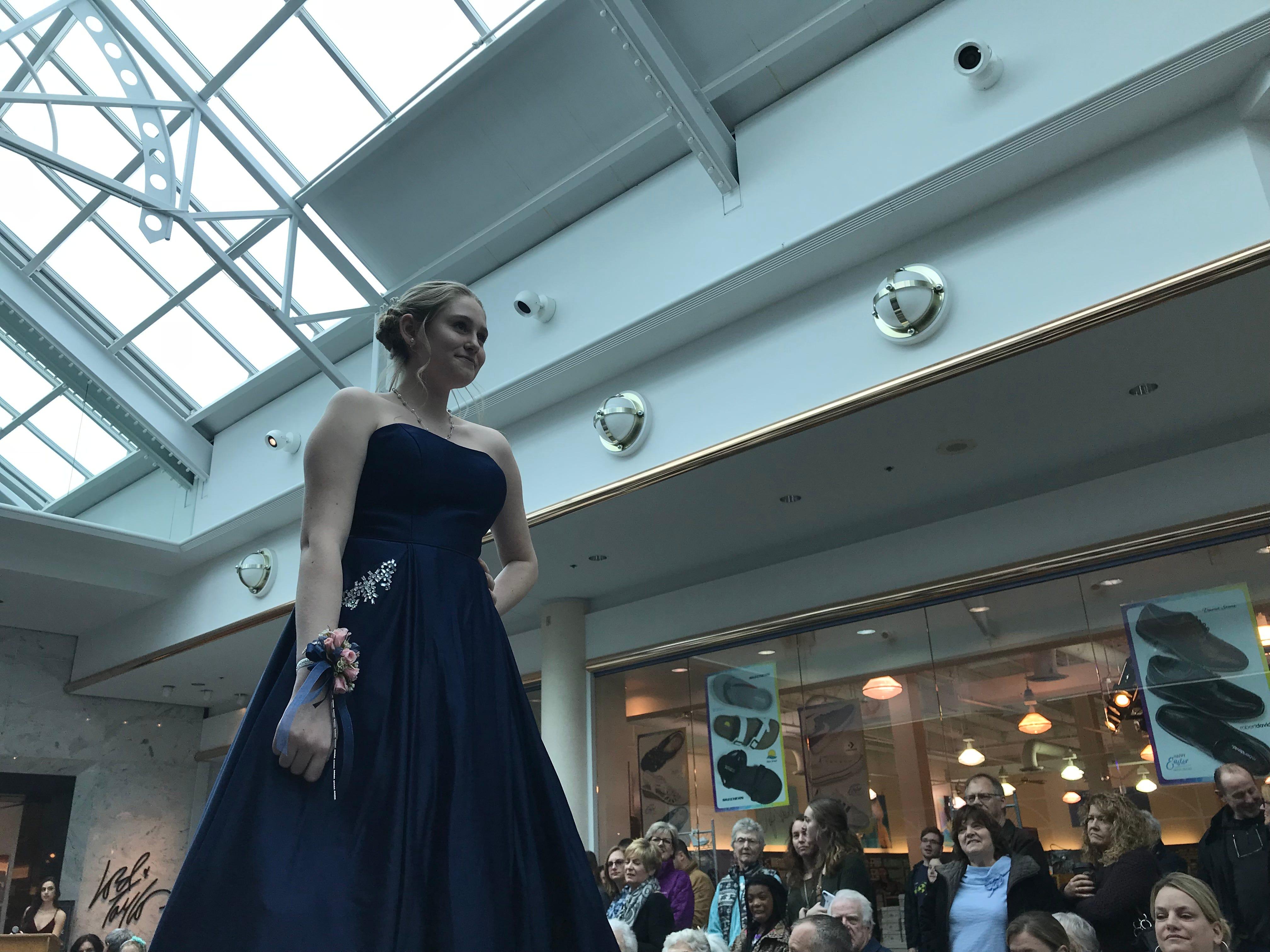 Taylor Prom Dresses 2018