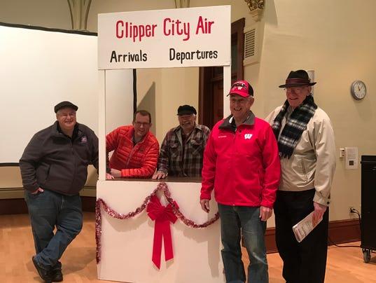636153661740494003-Clipper-Christmas-1.JPG