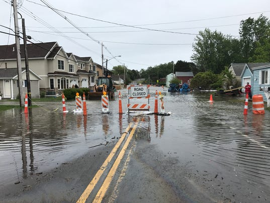Edgemere Drive flooding