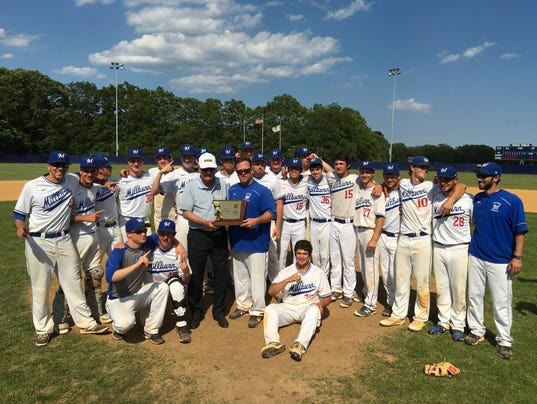 MIL-Group4Champs17.jpg