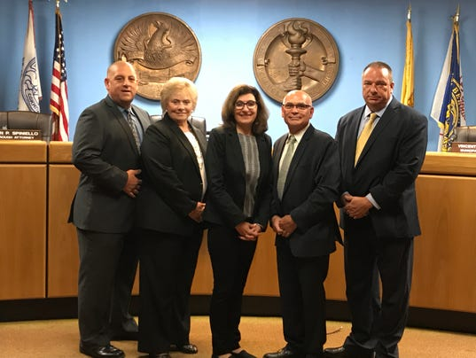 Lodi council and manager