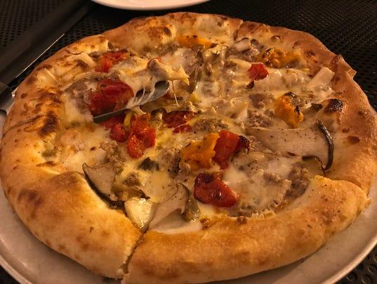 636433373884747581-Duck-sausage-pizza.jpg