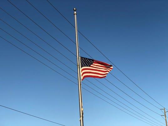 636543221022210353-flag.jpg