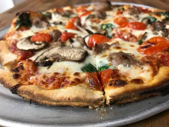 636555278325202019-HD-KBC-Pizza.JPG