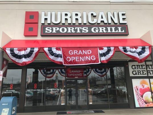 636597513423911429-Hurricane-Outside.jpg