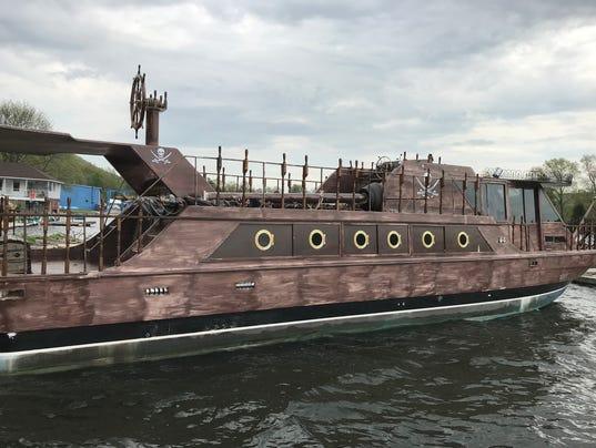 636615669433115872-Greenwood-Lake-The-Helm-Pirate-Ship-14-.JPG