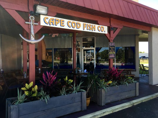 In 3 tweets a lunchtime journey at cape cod fish co for Fish restaurant fort myers